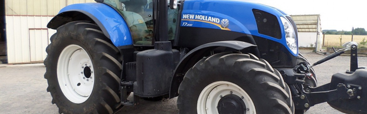 TRACTEUR NEW HOLLAND T 7 /200