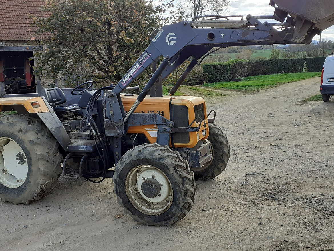 TRACTEUR RENAULT 65/34 4 RM + CHARGEUR