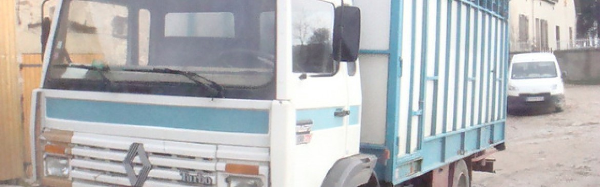 CAMION BETAILLERE RENAULT S150TT