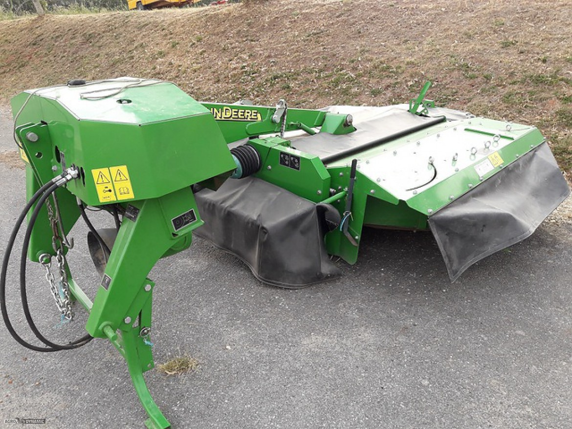 FAUCHEUSE CONDITIONNEUSE PORTEE JOHN DEERE 324 A