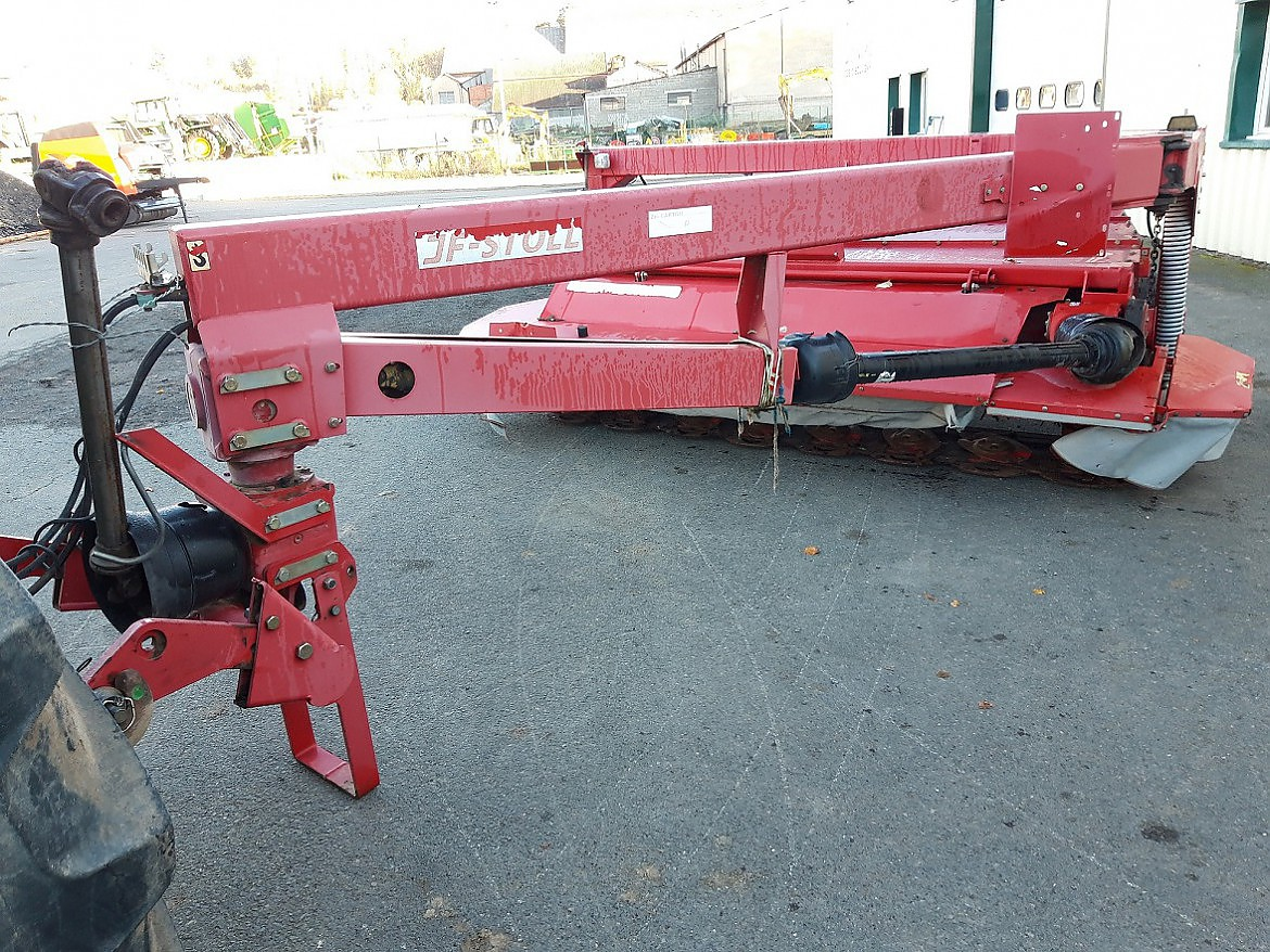 FAUCHEUSE CONDITIONNEUSE JF-STOLL GFS 3205DL