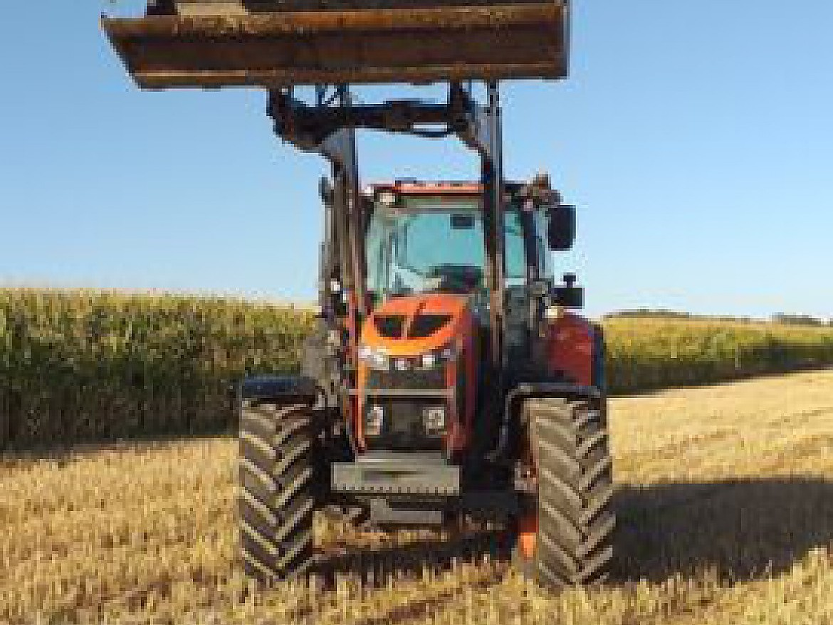 KUBOTA M6121 + CHARGEUR MAILLEUX T412